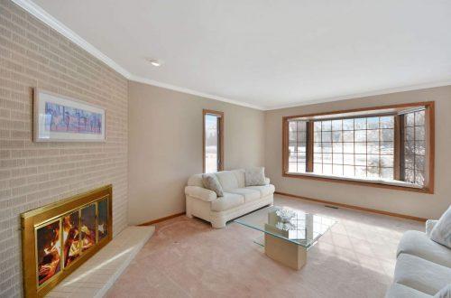 07 living room