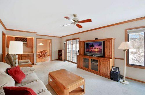 13-family-room