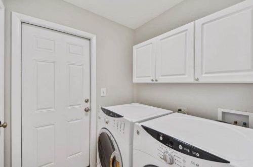 13-laundry-room