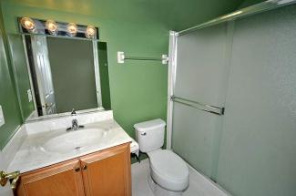 5th Bedroom Bathroom