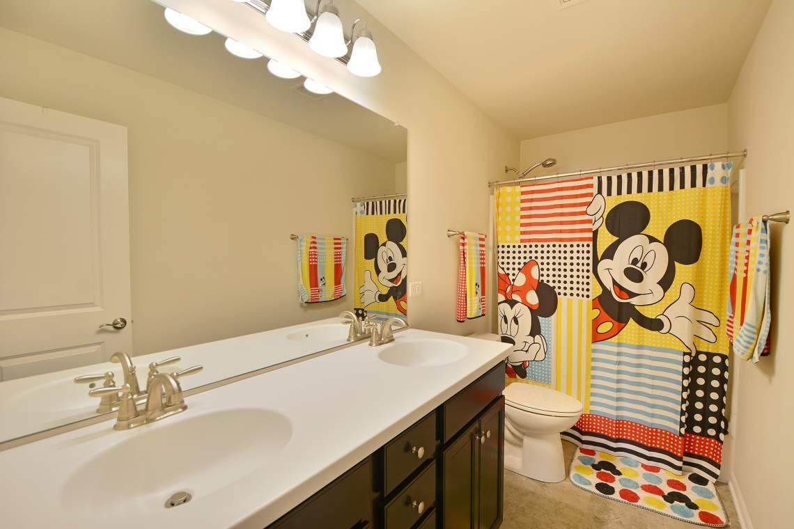 32 bathroom