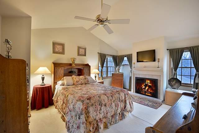 l master bedroom
