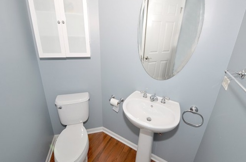 12 Powder Room