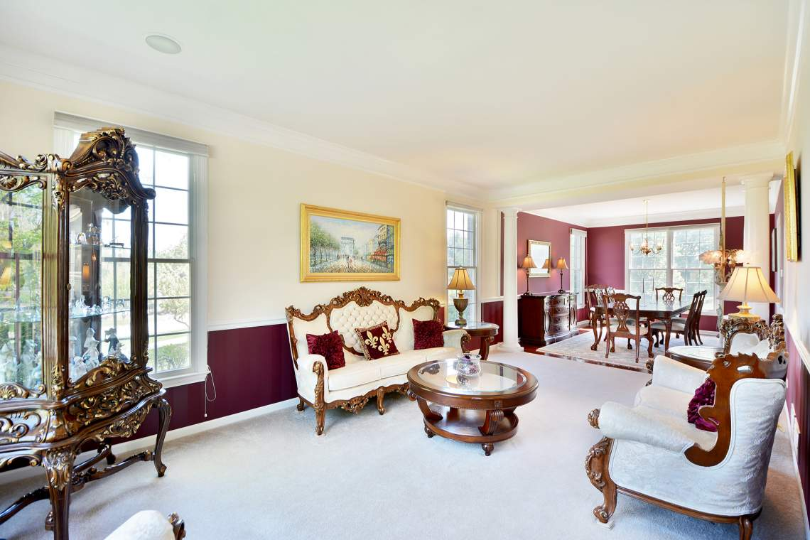 2 Eagle Ridge Drive - Hawthorn Woods - Sold for $375,000 - Helen ...