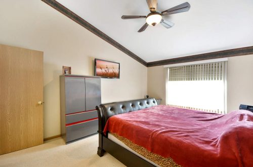15-master-bed
