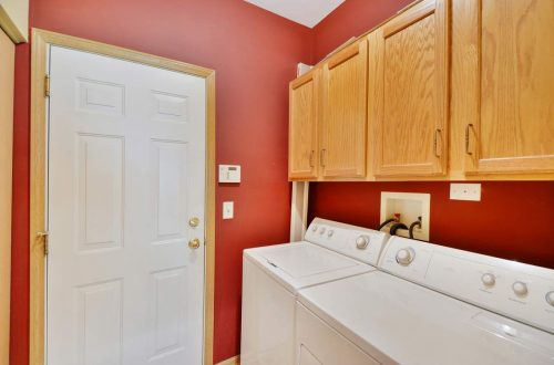 24-laundry-room