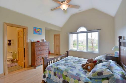 24 bedroom 4