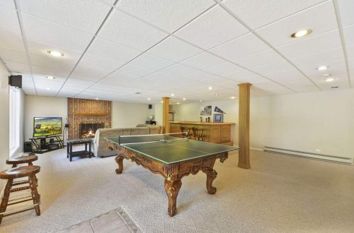 32-basement