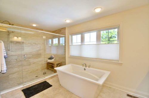 24-mster-bath