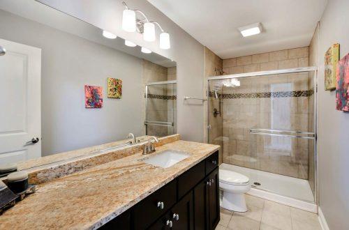 31-bathroom