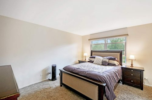 12-master-bed