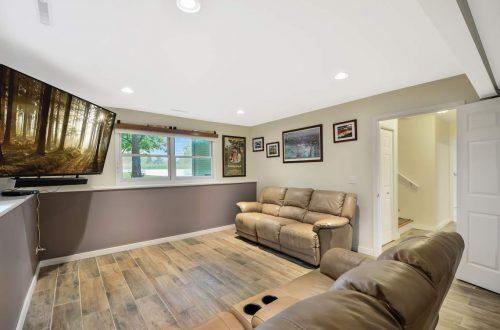 19-family-room