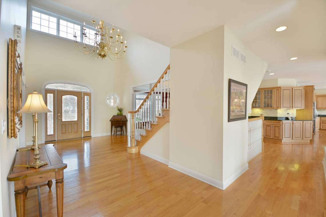 14 foyer