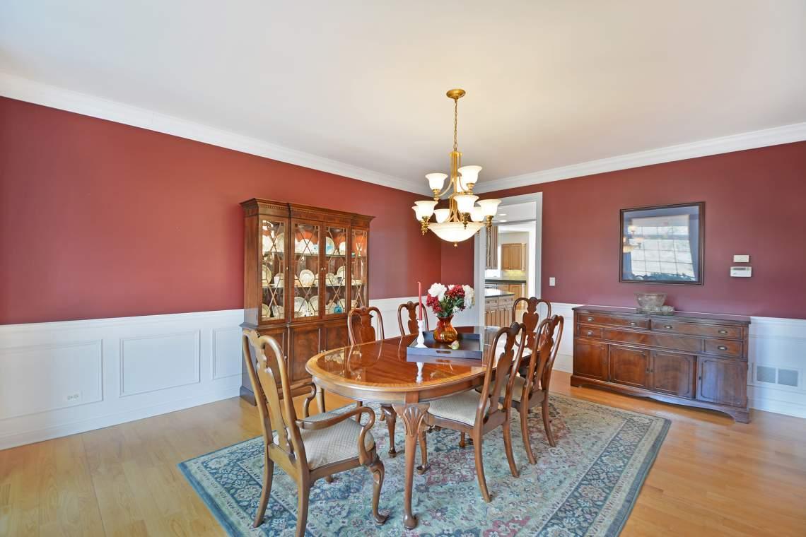 16 dining room