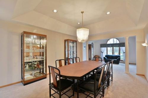 06 dining room