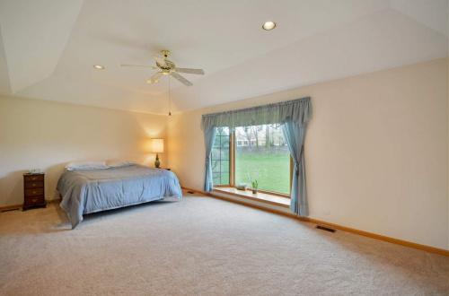 18 master bedroom