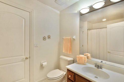 20-bathroom