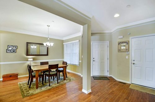 03 dining room