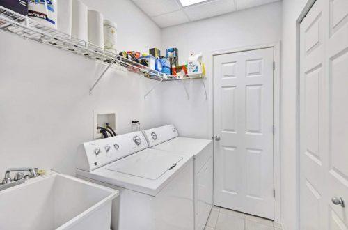 23-laundry-room