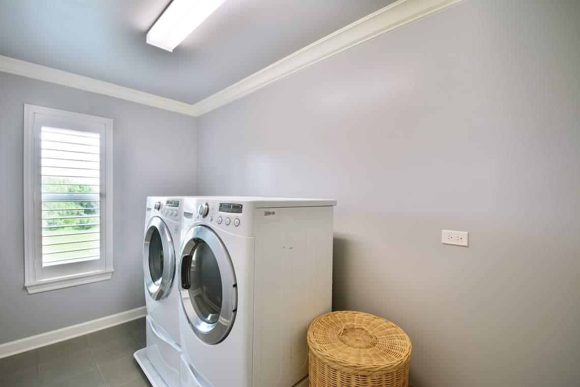 41 laundry room