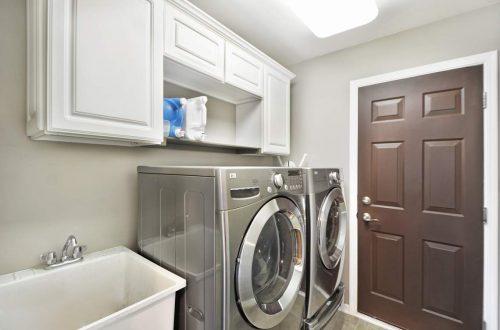 20-laundry-room