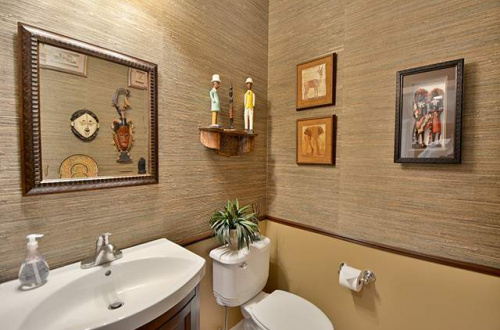 n powder room