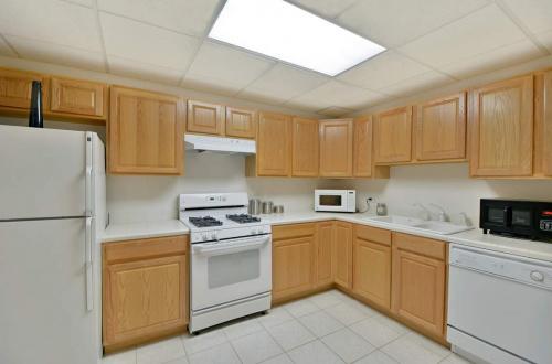 t kitchen 2