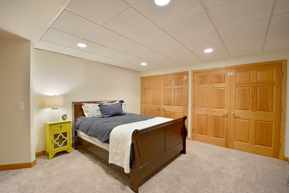 v bedroom 6