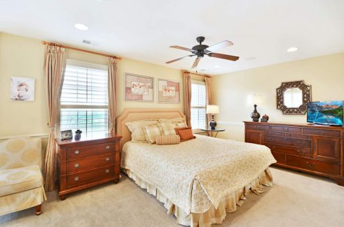 14-master-bed
