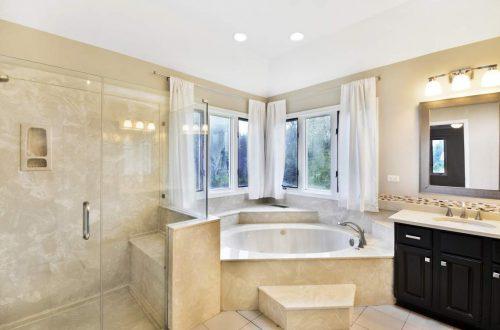 26-master-bath