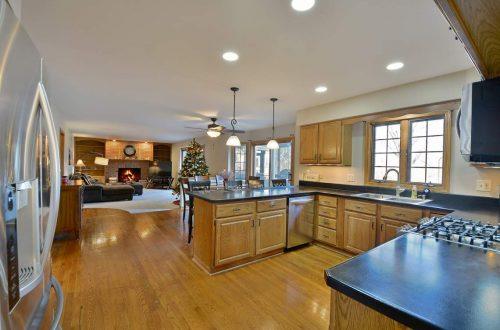 09 kitchen