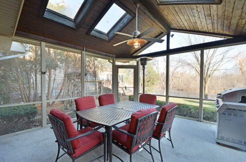 16 screened in porch