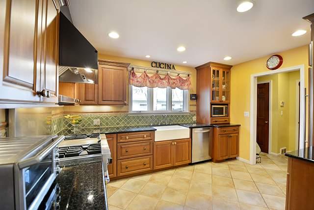 h kitchen