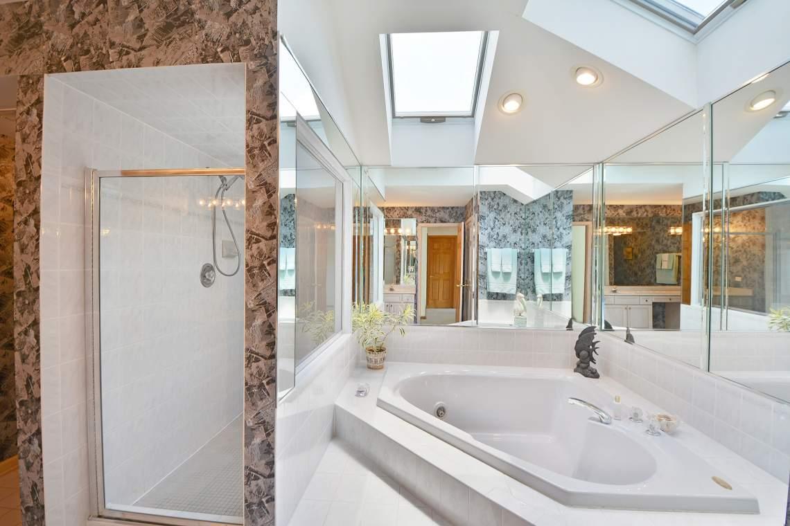 28 master bath